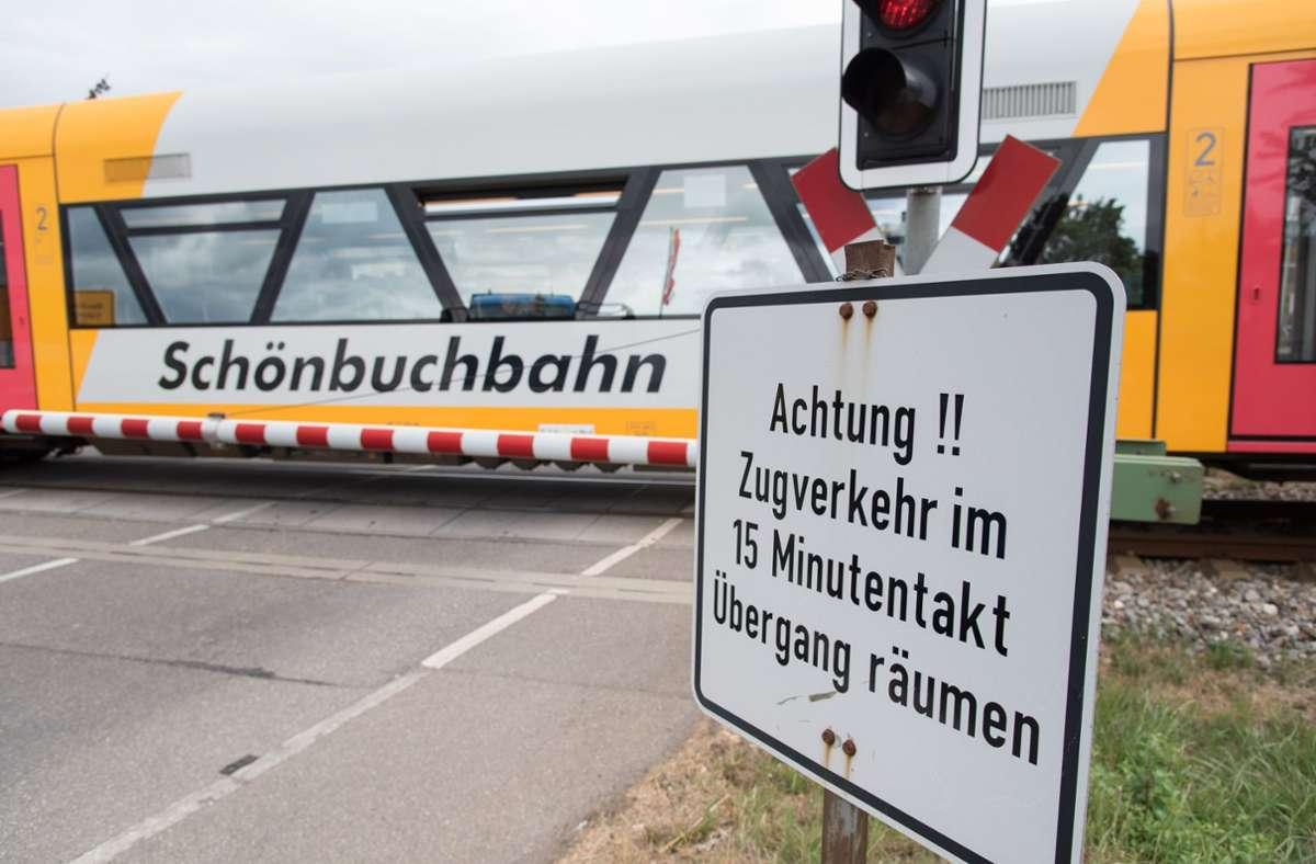Der Übergang des Forstwegs ist für Fußgänger und Radfahrer wieder überquerbar (Symbolbild). Foto: KRZBB/T. Bischof
