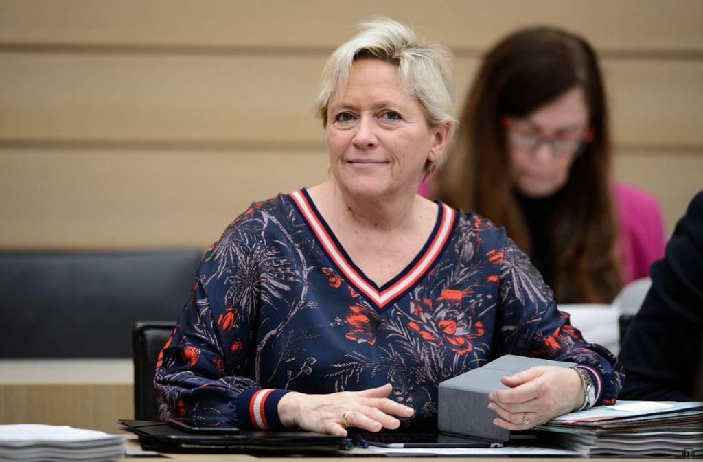 Kultusministerin Susanne Eisenmann will das Dickicht der Schulversuche durchforsten. Foto: dpa