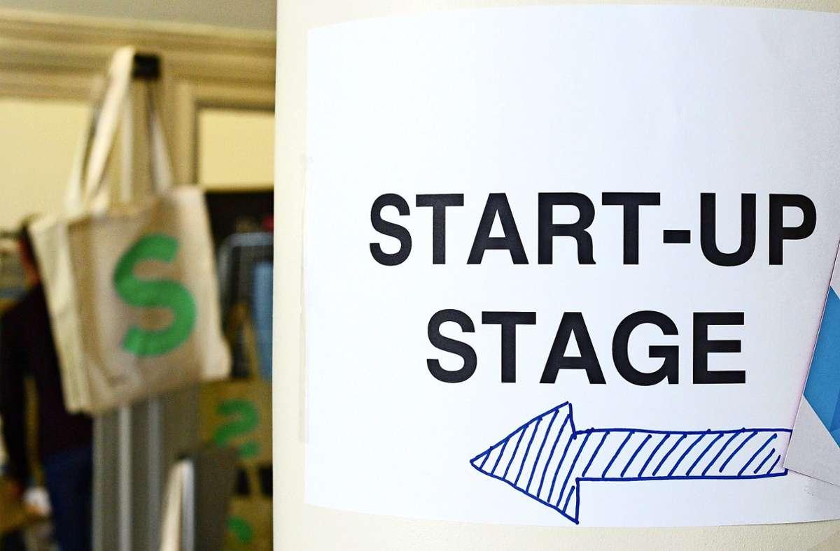 Start-ups fehlt es oft an den finanziellen Möglichkeiten, sich Räume auf dem regulären Markt zu beschaffen. Können Kommunen hier helfen? Foto: dpa/Jens Kalaene