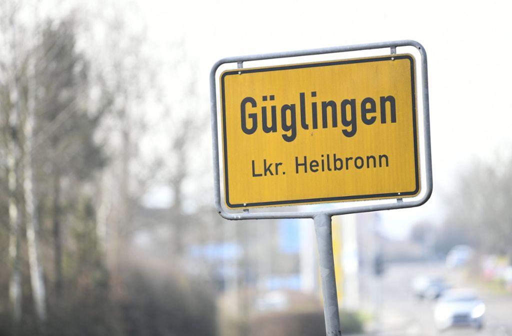 In der Nacht zum Samstag  ist ein 15-Jähriger in einem Wohnhaus auf einem Aussiedlerhof bei Güglingen im Landkreis Heilbronn getötet worden. Foto: dpa/Tom Weller