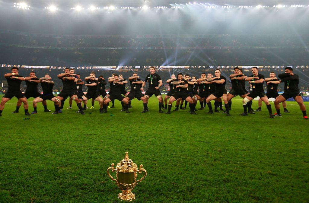 2011 und 2015 gewannen die Neuseeländer den Titel bei der Rugby-WM. Gelingt ihnen nun der Hattrick? Foto: Getty/Phil Walter