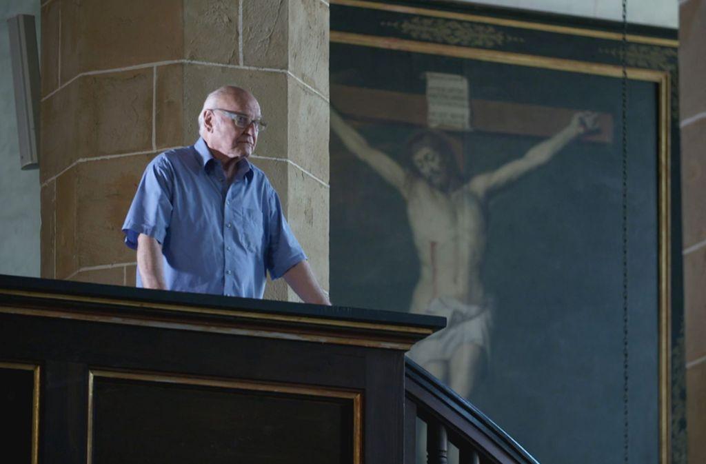 """Szenenbild aus """"Ewige Schulden"""": Die MDR-Doku über die Kirche im Osten erregt die Gemüter. Foto: MDR"""