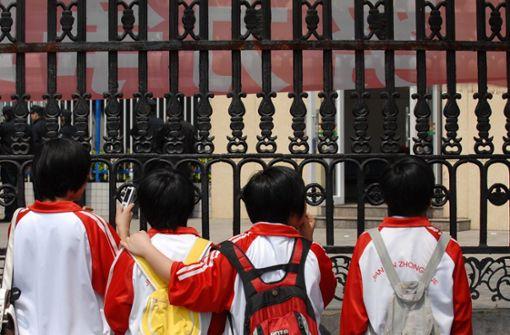 14 Kinder bei Messerattacke vor Kindergarten verletzt