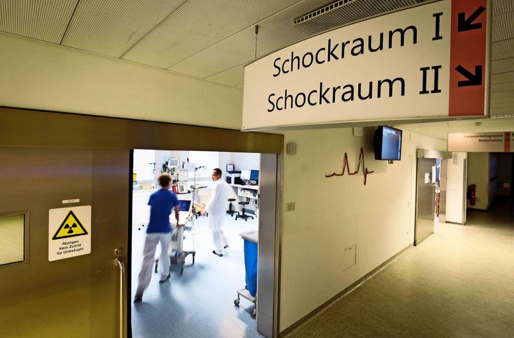 Im Notfall stehen in den Kliniken Helfer rund um die Uhr zur Verfügung. Foto: factum