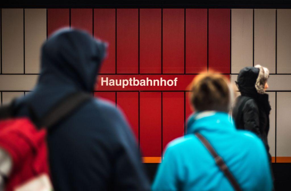 Am Stuttgarter Hauptbahnhof hielt sich ein Exhibitionist auf (Symbolbild). Foto: Lichtgut/Max Kovalenko