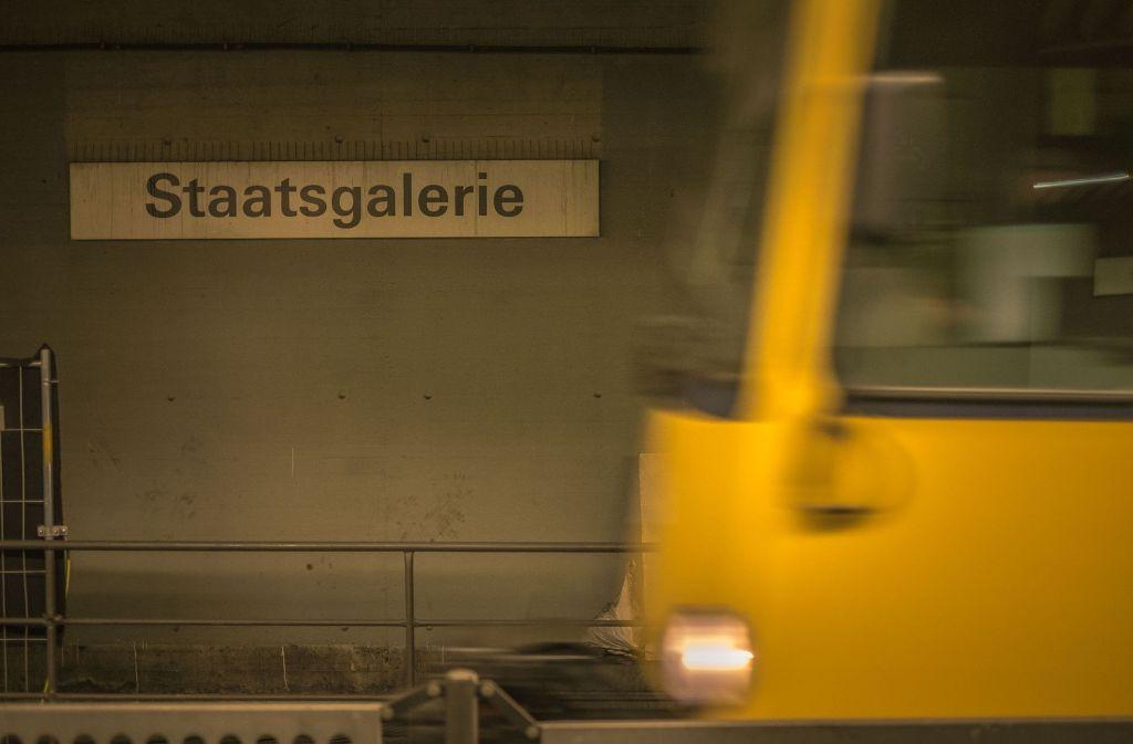 Die Bahnen fahren weiter, aber es führt kein direkter Weg mehr von der Haltestelle Staatsgalerie in den Mittleren Schlossgarten. Foto: Lichtgut/Max Kovalenko