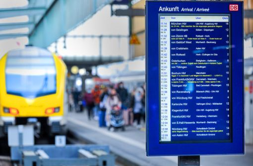 Auch Fern- und Regionalverkehr von Sperrung betroffen