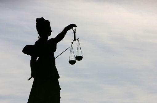 Nach zehnter Straftat: 21-Jähriger muss ins Gefängnis