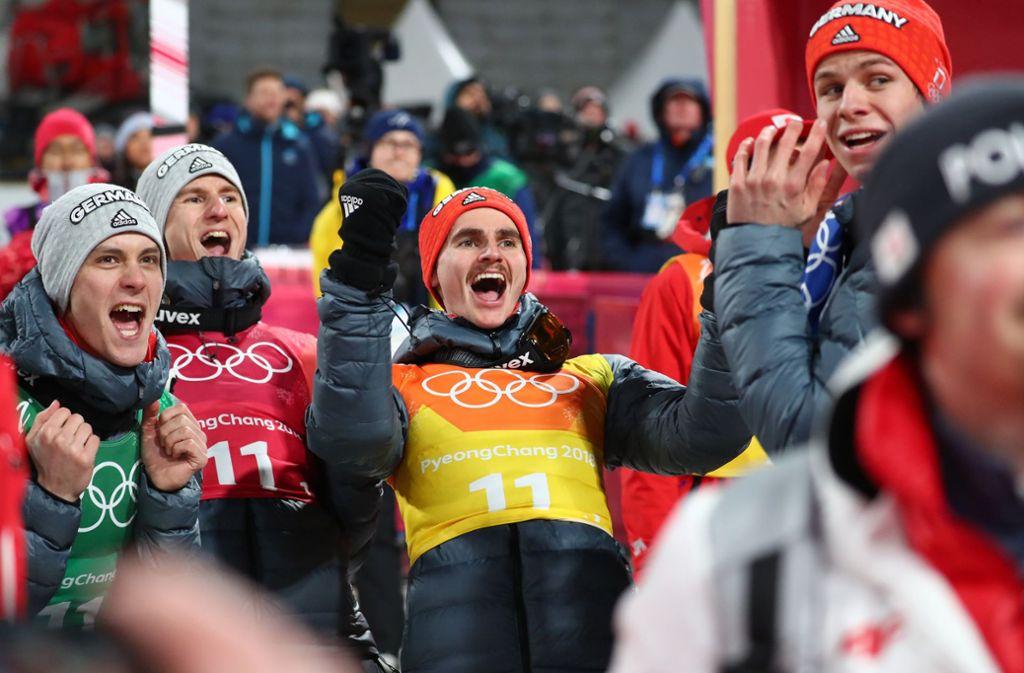 Team-Silber bei Olympia 2018: Karl Geiger, Stephan Leyhe, Richard Freitag und Andreas Wellinger Foto: dpa