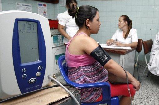 Blutspender sollen einen Monat warten