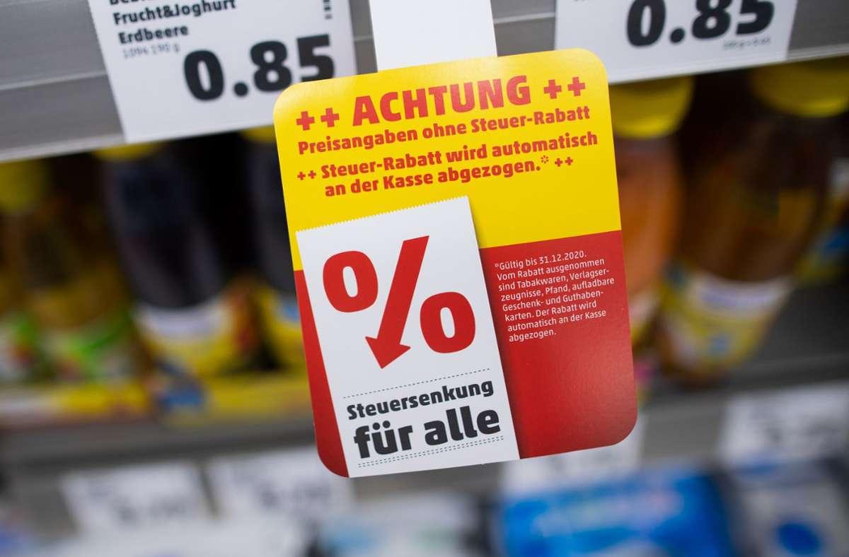 Hat die Mehrwertsteuersenkung tatsächlich den Konsum der Kundschaft angekurbelt? Foto: dpa/Rolf Vennenbernd