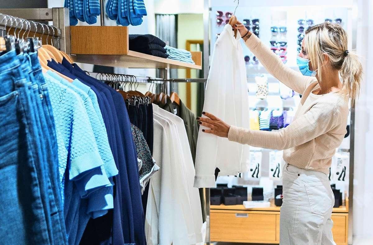 Mitten in der Krise haben nicht viele Lust zum Shoppen. Foto: dpa/Daniel Reinhardt