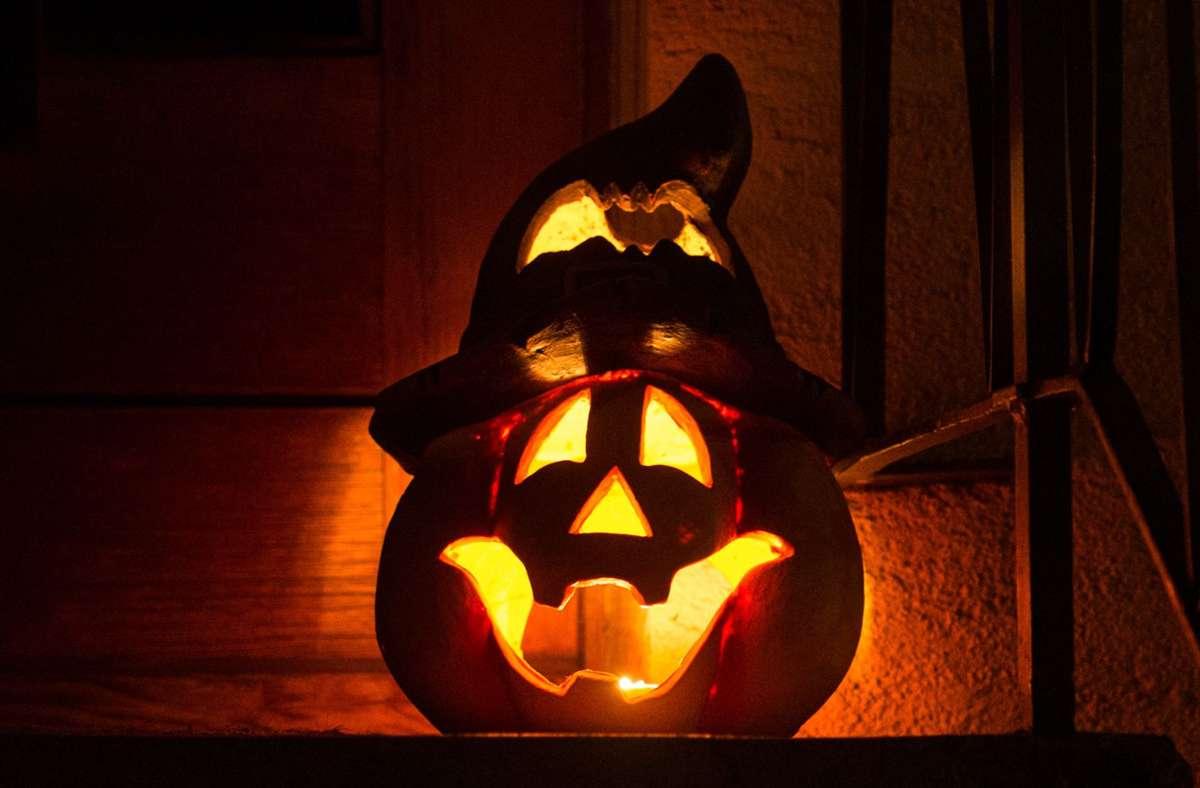 An Halloween bekommen viele Menschen Lust auf Gruselfilme. Foto: dpa/Patrick Seeger