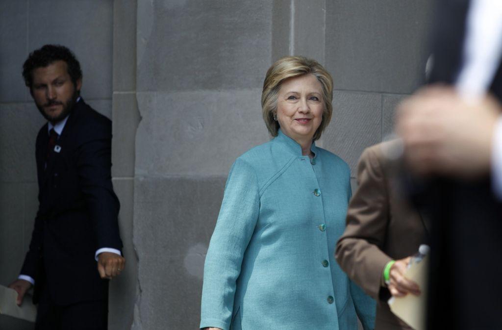 Das US-Justizministerium wird in der sogenannten E-Mail-Affäre der früheren Außenministerin Hillary Clinton keine Anklagen erheben. Foto: AP