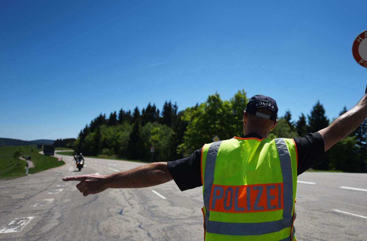 Zu schnelles Fahren ist die Hauptunfallursache für tödliche Motorradunfälle. Foto: dpa/Patrick Seeger