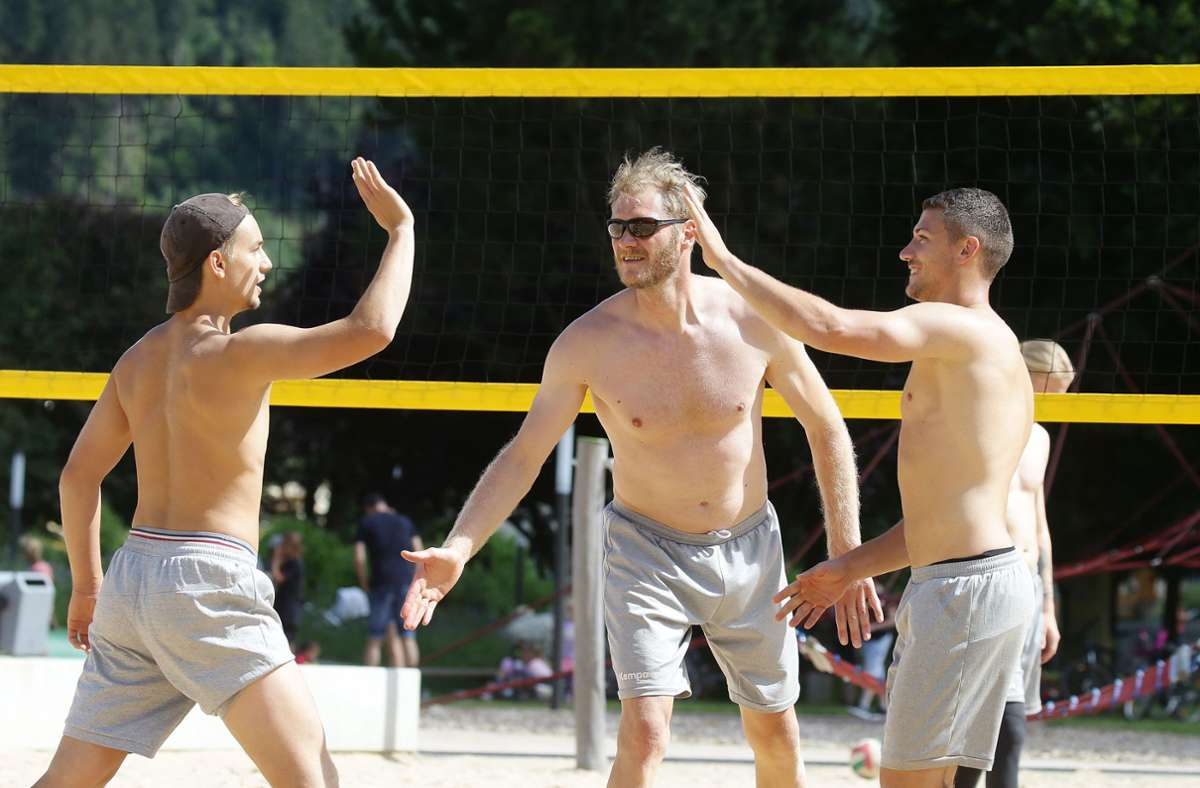 Tim Wieling, Johannes  Bitter, Jerome Müller (v. li.): Der Spaß kommt im Zillertal nicht zu kurz. Foto: Baumann