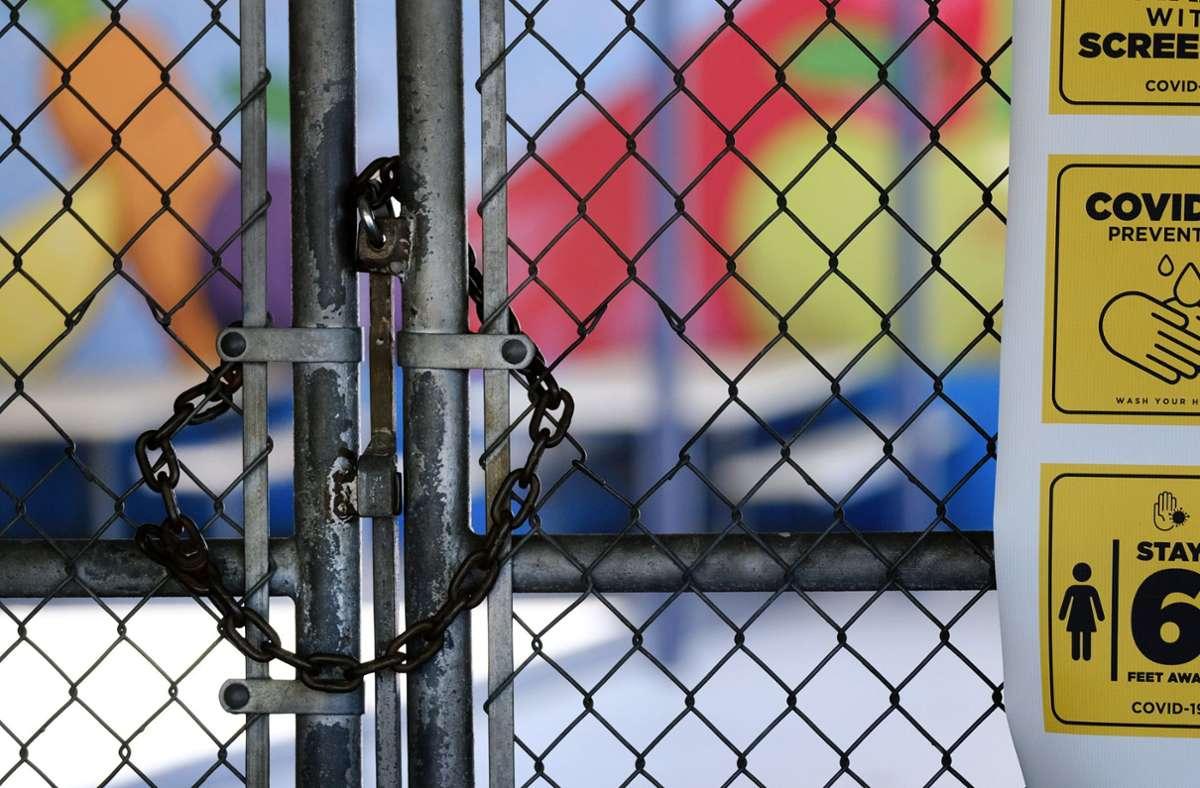 Kalifornien macht einige Lockerungen seiner Corona-Auflagen wieder rückgängig. Foto: dpa/Richard Vogel