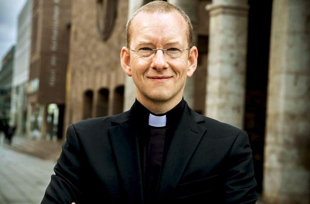 Streitbar: der katholische Stadtdekan Christian Hermes. Foto: Fg/Achim Zweygarth