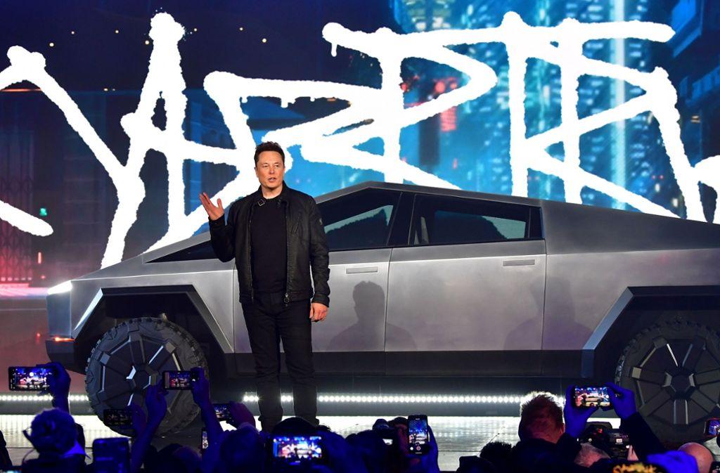 Musk hatte den Wagen am Donnerstag in Los Angeles vorgestellt. Foto: AFP/FREDERIC J. BROWN