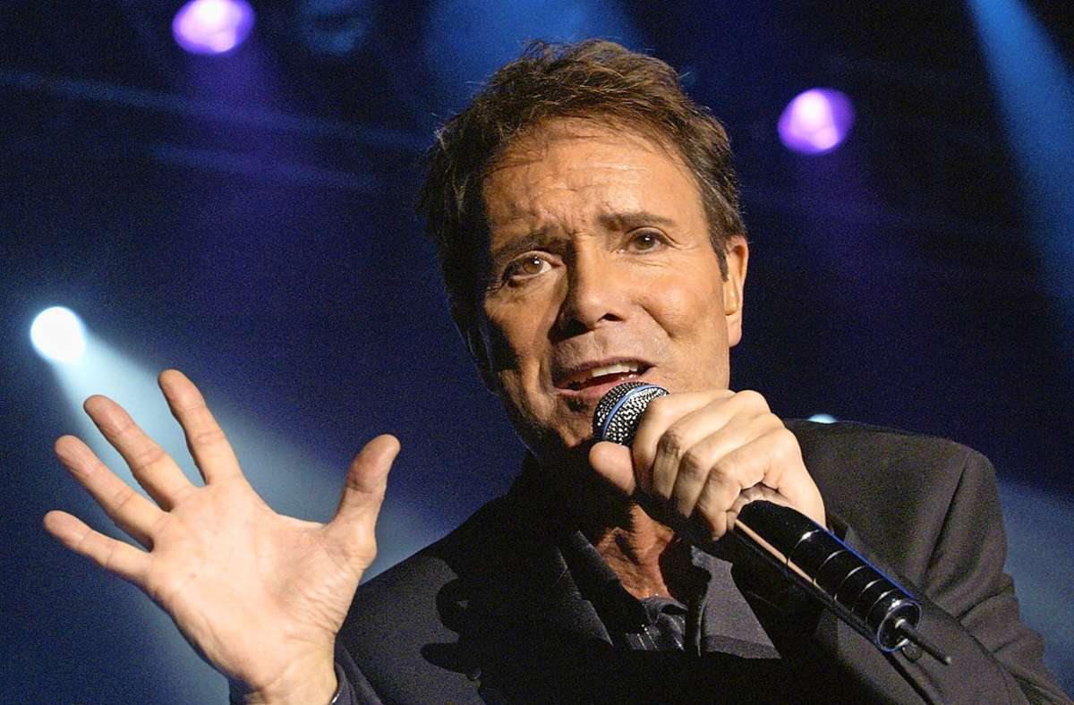 Der britische Pop-Star Cliff Richard alias Harry Rodger Webb Foto: dpa/Michael Hanschke