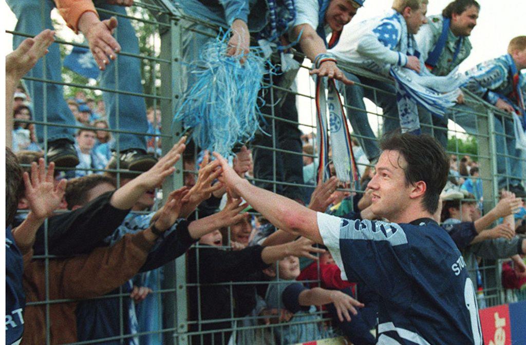 Fredi Bobic stürmte  vier Jahre in der Jugend und zwei Jahre in der ersten Mannschaft für die Stuttgarter Kickers – an diesem  Samstag kommt der 47-Jährige  als erfolgreicher Vorstand Sport von Eintracht Frankfurt zurück auf die Waldau. Foto: Baumann