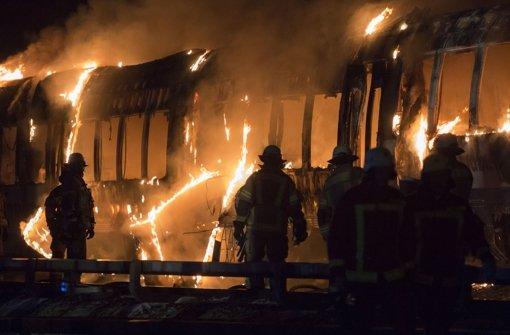 In einem Regionalzug der Nordwestbahn in Berlin brach am Mittwoch ein Feuer aus. Foto: dpa-Zentralbild
