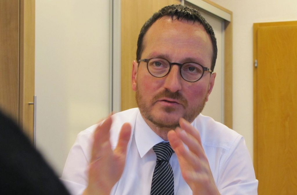 Filderstadts Oberbürgermeister Christoph Traub ist verärgert. Foto: Judith Sägesser
