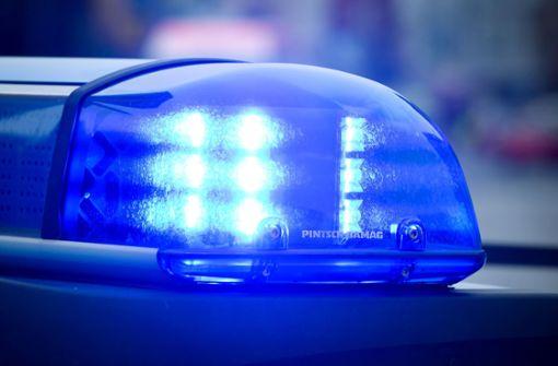 Betrunkener beleidigt Rettungskräfte und Polizisten
