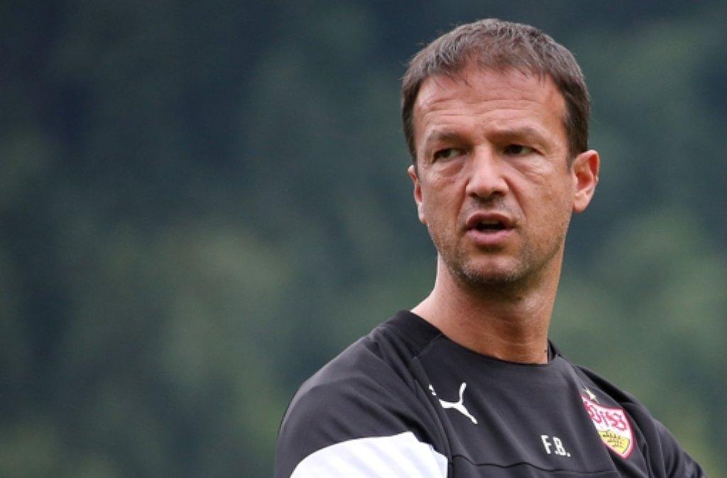 Fredi Bobic sucht einen Ausweg aus der Misere. Die Karriere-Stationen des VfB-Managers sehen Sie in unserer Fotostrecke. Foto: Pressefoto Baumann