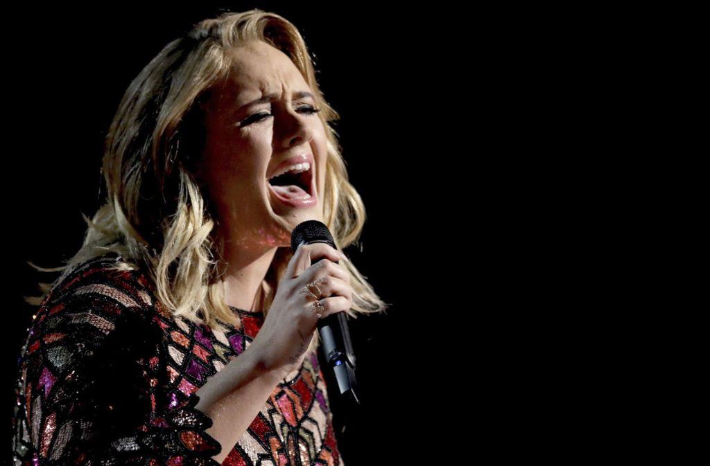 Adele will ihren runden Geburtstag nur in einer kleinen Runde feiern. Foto: Invision