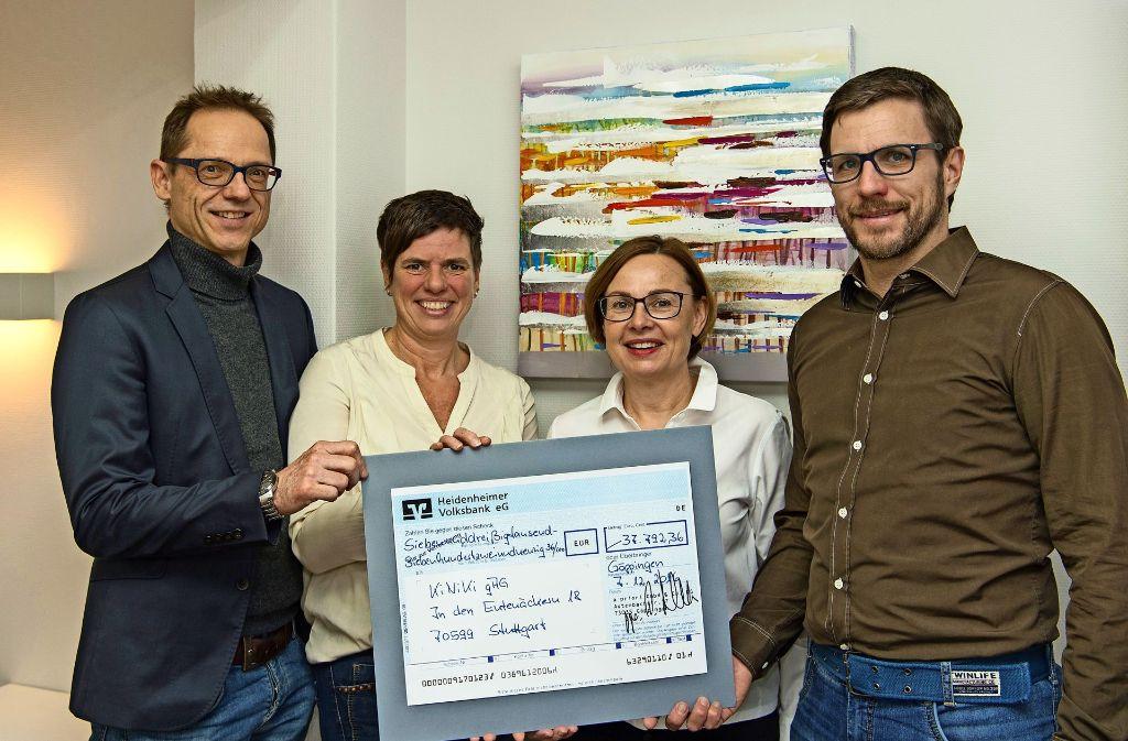 Da ist die Freude groß: Steffen Birk, Nicole Herzer (Kiniki), Petra Huber und Michael von der Heide (von links) Foto: privat