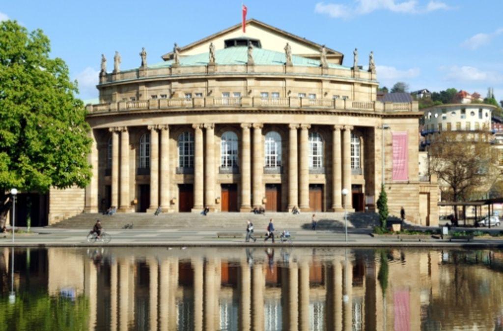 Äußerlich scheint alles in bester Ordnung zu sein, aber in Wirklichkeit ist das Stuttgarter Opernhaus dringend sanierungsbedürftig Foto: Staatsoper