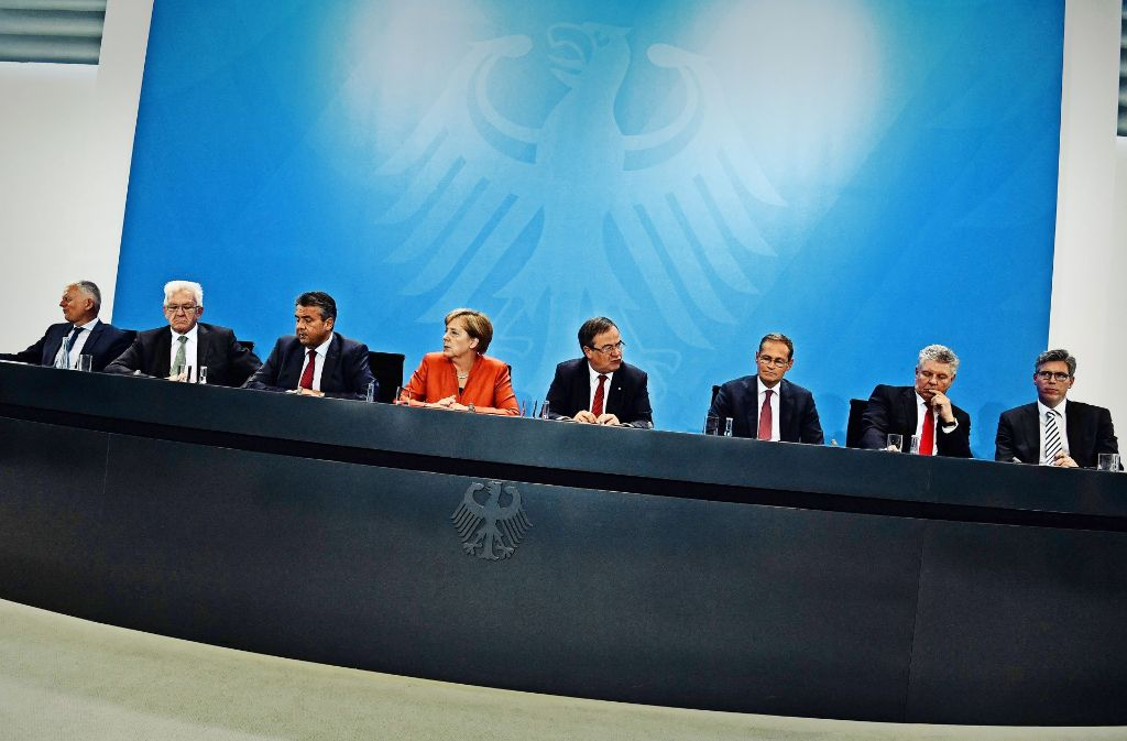 Die Kanzlerin trifft sich mit Oberbürgermeistern und Ministerpräsidenten. Foto: AFP