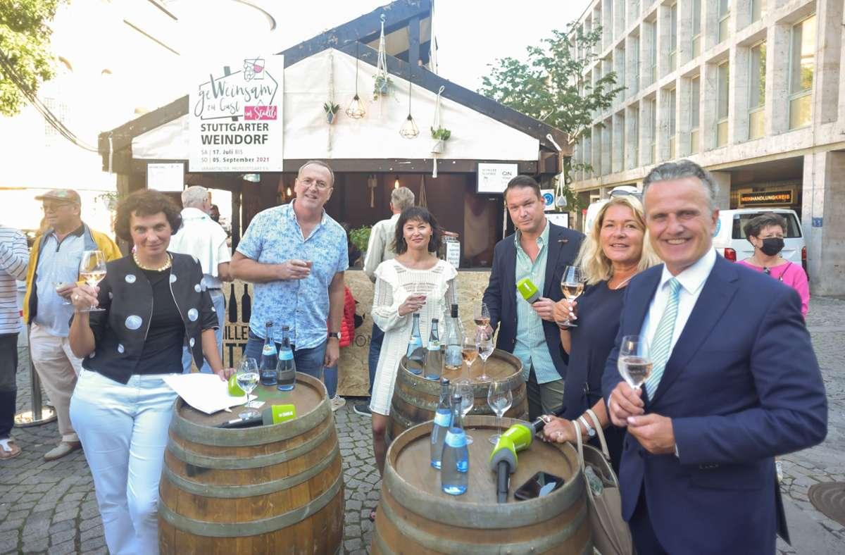 Die Runde: Christiane Lange, Tom Hörner, Diana Hörger, Nico Burkhardt, Gudrun Weichselgartner-Nopper, Frank Nopper (von li.) Foto: