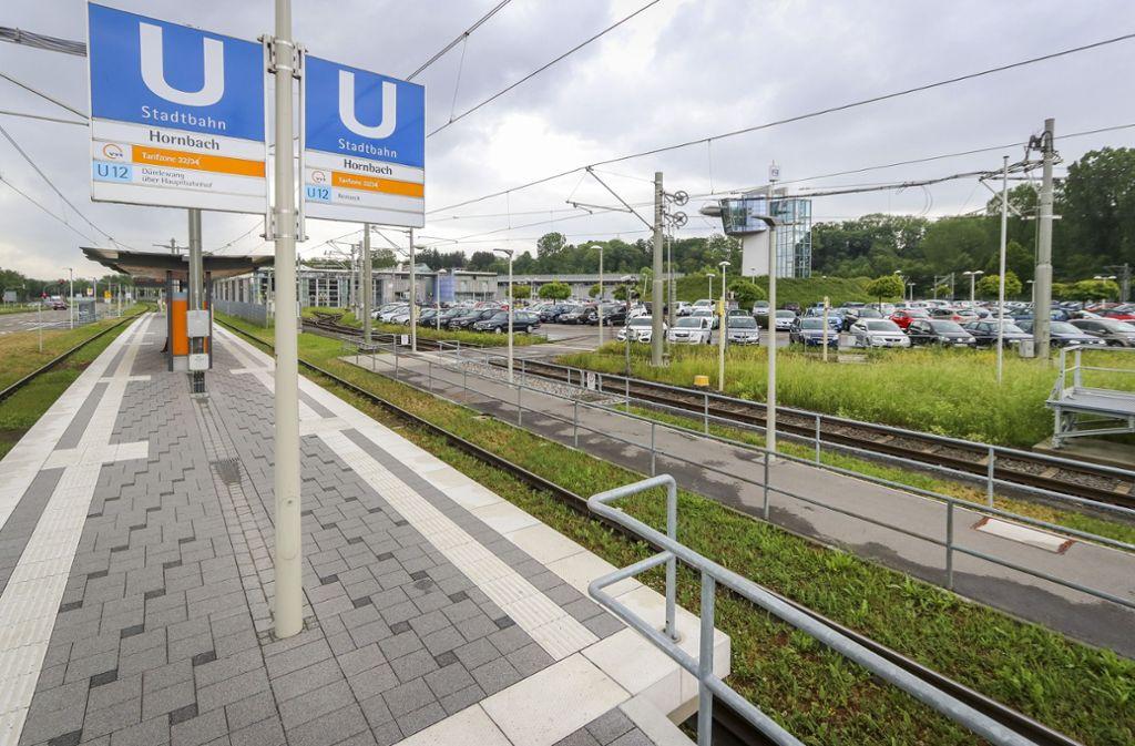 Von dieser Haltestelle in Remseck-Aldingen soll die SSB-Bahn weiterfahren und in Pattonville auf die neue Ludwigsburger Niederflurbahn treffen. Foto: factum/Granville