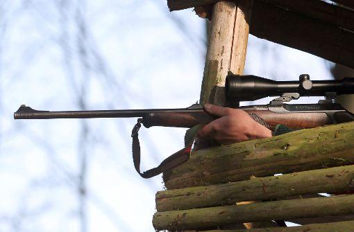 Betrunkener Jäger erschießt zwei Menschen
