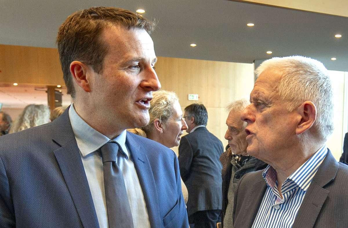 Martin Körner (links), Fraktionschef der SPD im Gemeinderat, fordert von OB Fritz Kuhn (Grüne), Investitionen schneller umzusetzen. Foto: Lichtgut/Leif Piechowski