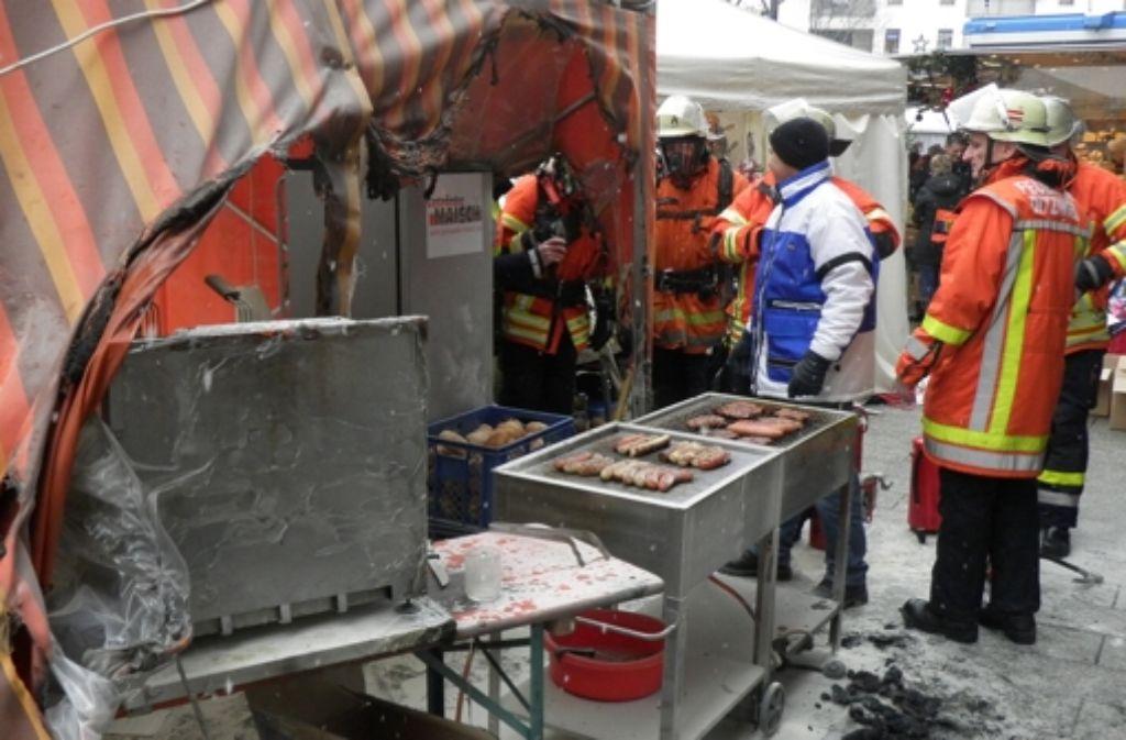 Bei einem Brand auf dem Ditzinger Weihnachtsmarkt wurden im Vorjahr mehrere  Menschen verletzt. Foto: Archiv/Feuerwehr