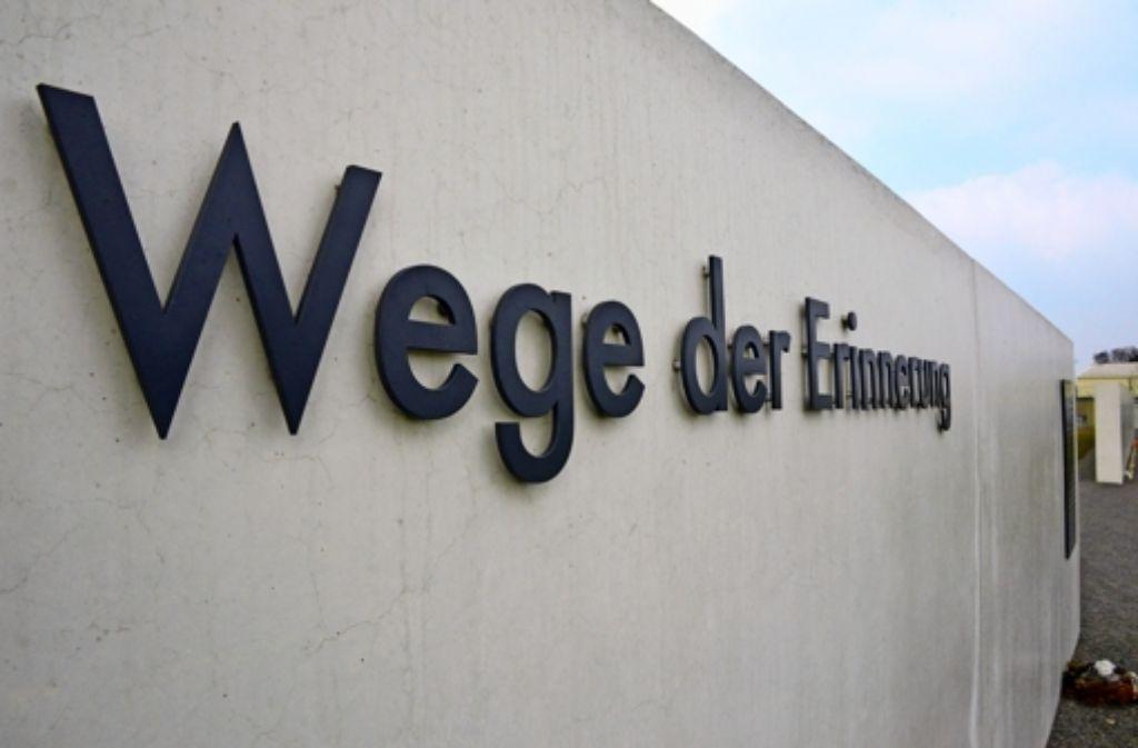 Filderstadt und L.-E. werden auf Antrag der SPD über eine Erweiterung der Gedenkstätte am Flughafen verhandeln Foto: Norbert J. Leven