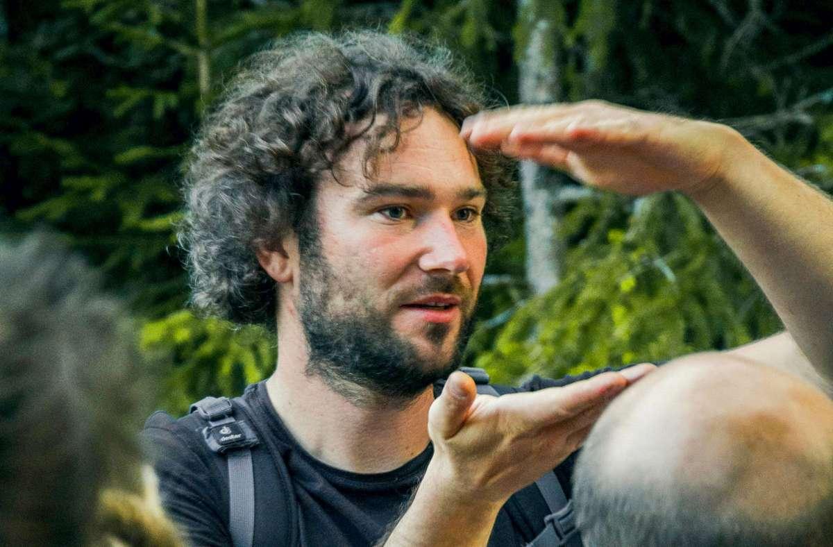 Im Schwarzwald sind überall Wanderwege, sagt der Nationalpark-Ranger Patrick Stader. Foto: Johannes Dahlmann
