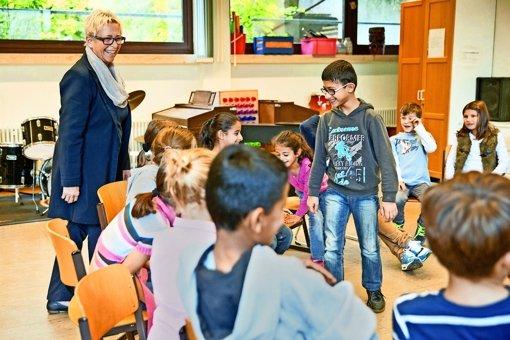 Rund 12000 junge Asylbewerber im Land lernen in  Vorbereitungsklassen Deutsch. Foto: dpa