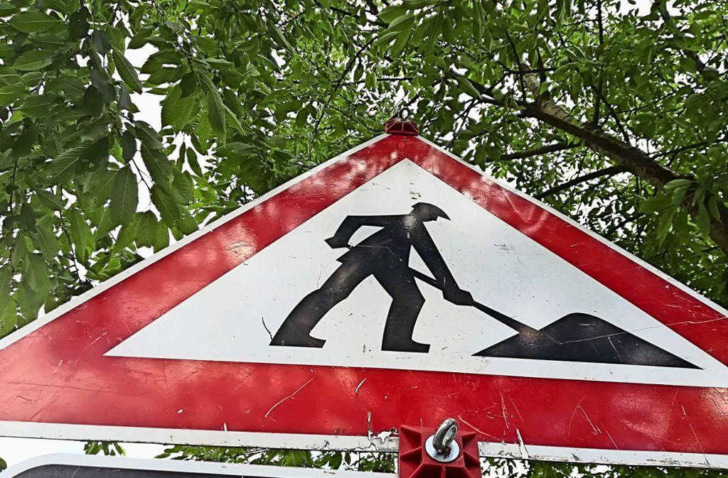 Auf die Anwohner und Autofahrer in Degerloch und Hoffeld kommen von Montag an große Änderungen zu. Foto: Judith A. Sägesser