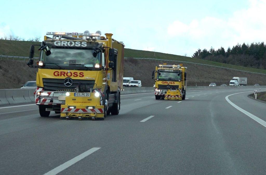 Die Reinungsarbeiten auf der A8 dauerten bis zum Mittwochmittag. Foto: 7aktuell.de/Alexander Hald