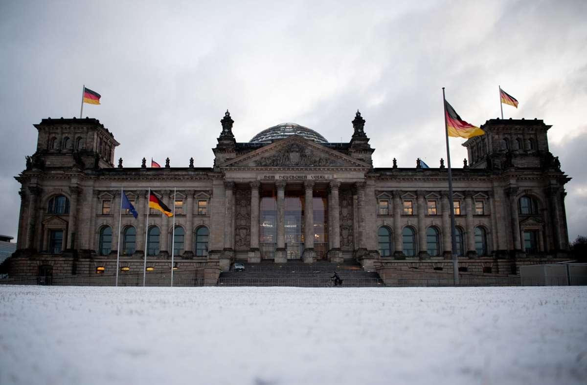 Der Verdächtige soll Grundrisse aus dem Bundestag an den russischen Militärgeheimdienst GRU weitergegeben haben. (Archivbild) Foto: dpa/David Hutzler