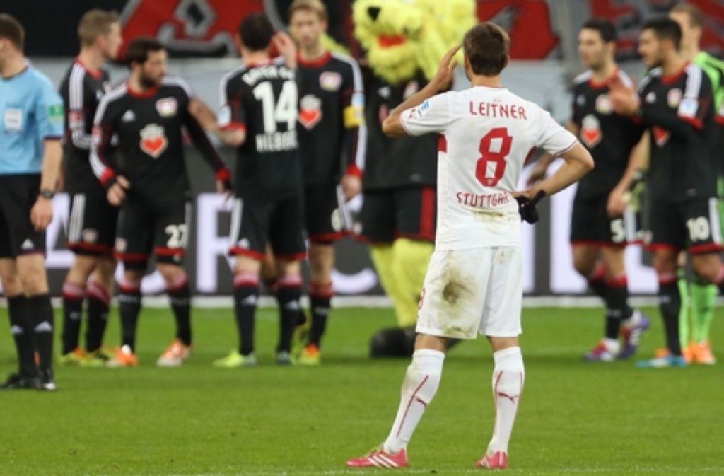 Über sein erstes Tor kann sich Moritz Leitner nicht lange freuen. Foto: Baumann