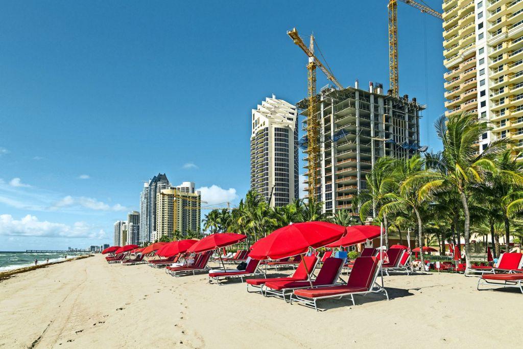Baulärm statt Strandidyll: Nicht immer sieht es vor Ort aus wie von den Veranstaltern versprochen. Foto: