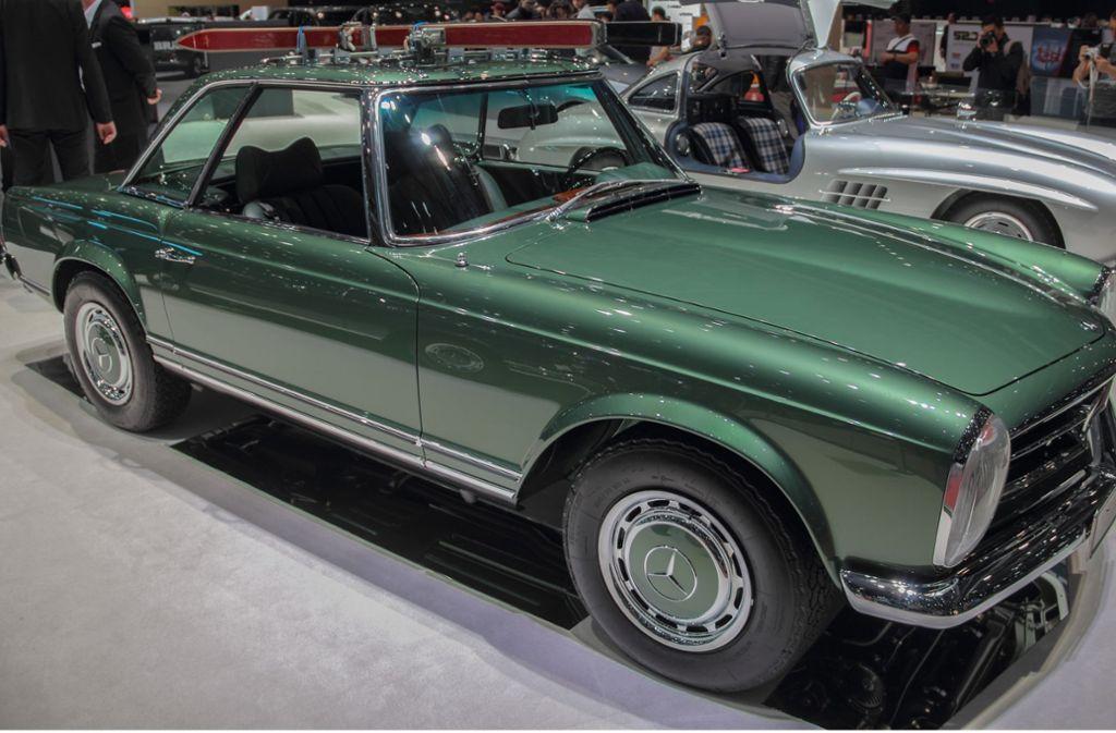 Die Unbekannten versuchten einen grünen Mercedes Pagode in Waiblingen zu stehlen. (Symbolbild) Foto: Shutterstock/Bascar