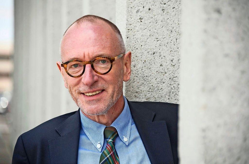 Ulrich Raulff spricht im Literaturhaus.  Foto: Marjan Murat