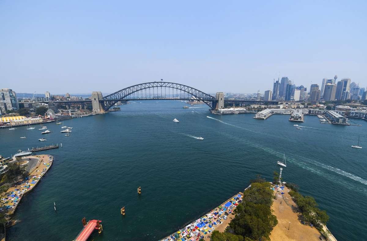 Australien von oben. Die Fluglinie Qantas zeigt sich in der Corona-Not erfinderisch und bietet einen Flug nach Nirgendwo an. Foto: dpa/City of Sydney
