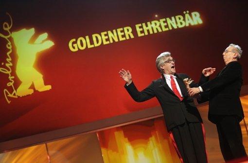 Wim Wenders mit Goldenem Ehrenbären ausgezeichnet